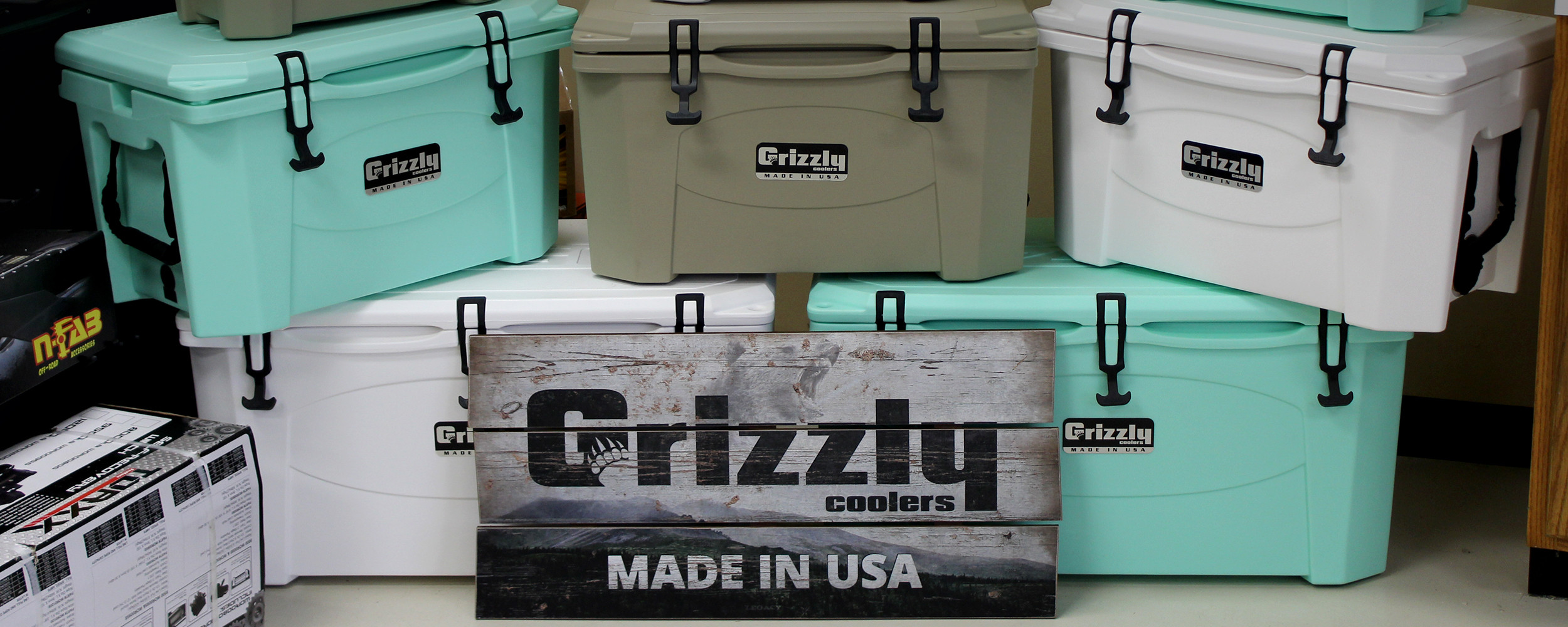 10 Best Grizzly Coolers For Tactical Activity